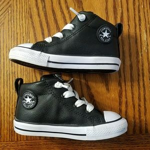 Converse Shoes - Toddler Black Leather Converse All☆Star Shoes 7C